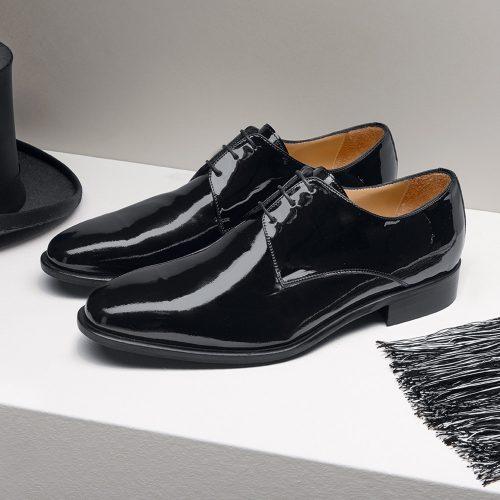 WILVORST fekete lakkcipő 448300-10 Modell 0220